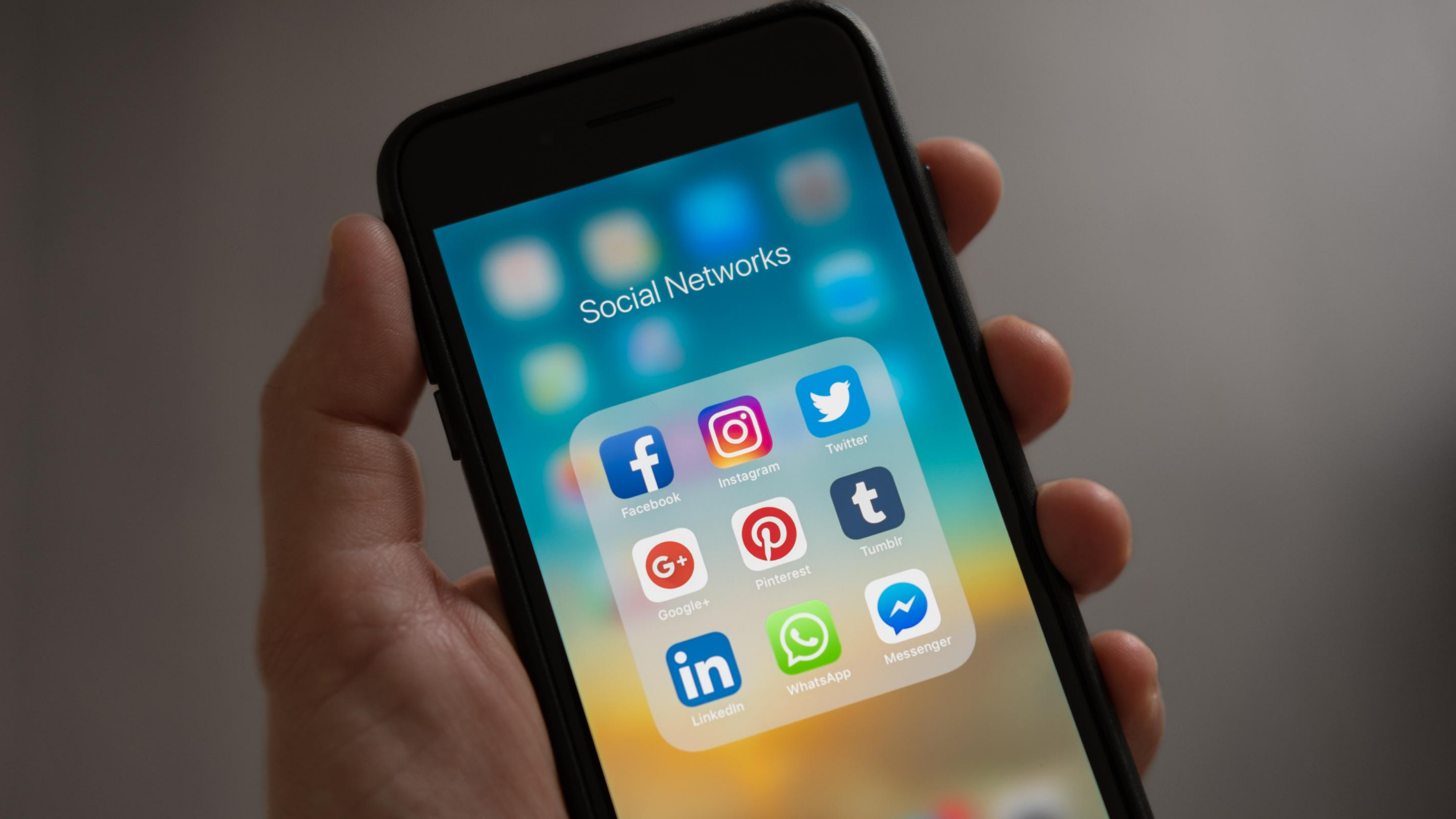 Cell phone screen with social media widgets